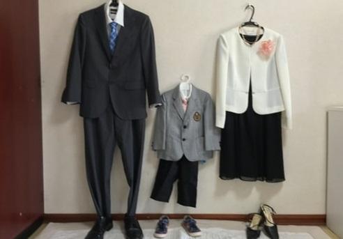 卒園式のママの服装のポイントはカラー